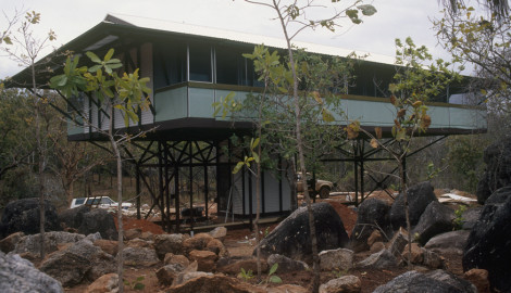 Yungipingu House, 1986 – Nhulumbuy, Gove Peninsula.N.T.