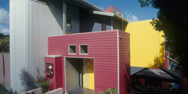 Hand House, 2000 – Sunshine Bch. Q.